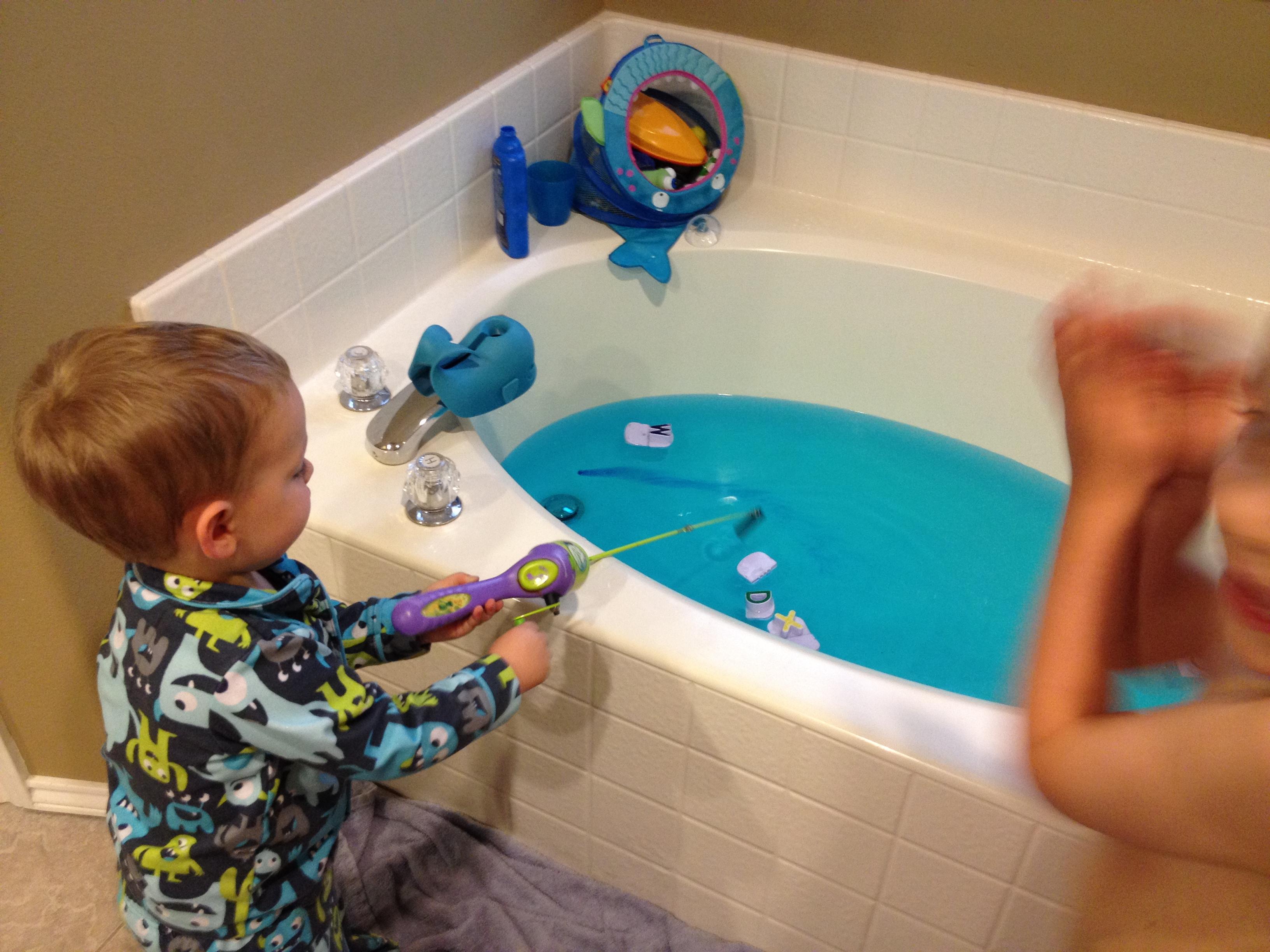 Bath tub | sleeplessatsunset